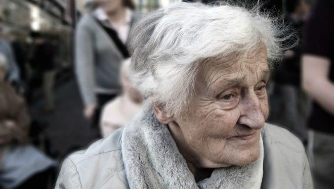 Las personas con alzheimer tienen menos riesgo de padecer cáncer